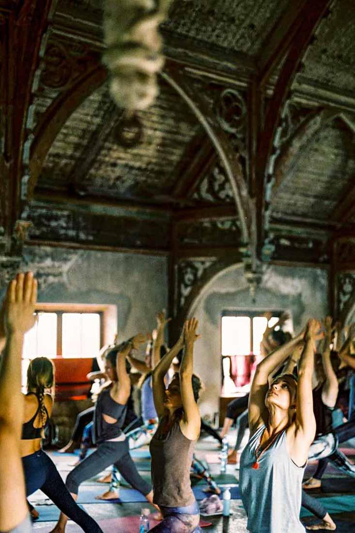 LetsExploreMagazine-YogaMoves